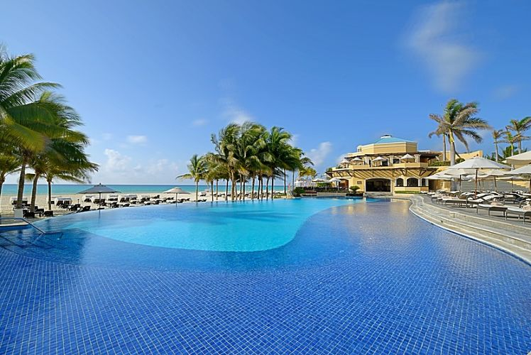 Adult Only Royal Hideaway Playacar Resort